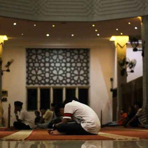 Muslims Are Finding New Ways to Observe Ramadan, Isolated by The Coronavirus