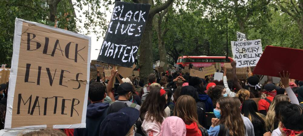 Black Lives Matter Organisers Cancel London Event to Avoid Clashes with Far-Right Hooligans