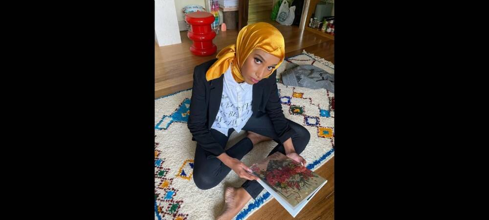 Hijab-Wearing Fashion Model Shares Her Experiences