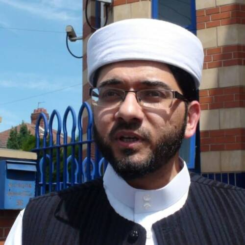 Senior Imam Advises Mosques to Not Reopen Despite Government Plan