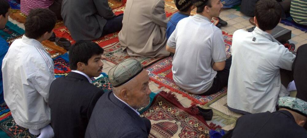 Conflict in Xinjiang: China's Muslim Population Under Threat